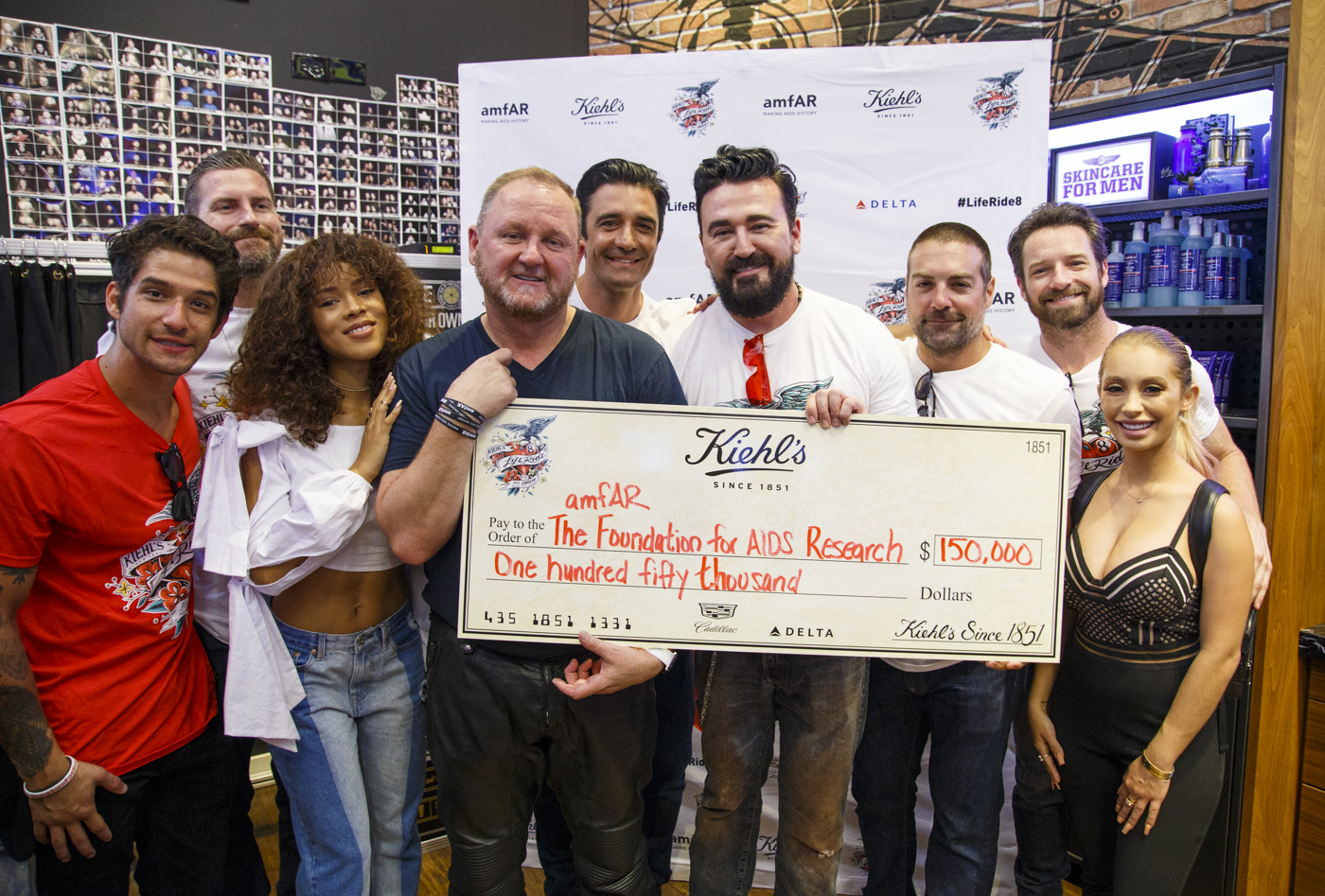 Celebs Ride into Chicago for Kiehl's LifeRide for amfAR